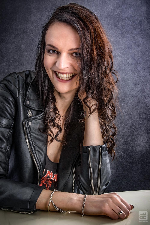 Portret Fotografie - Promotie portret van een concert fotografe.