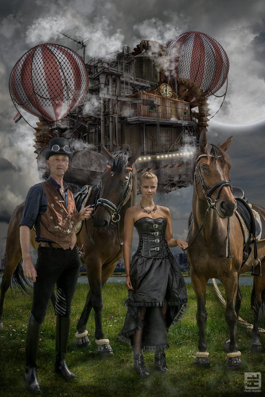 Combinatie van meerdere uitgebreide Photoshop bewerkingen. Man en vrouw met hun paard met op de achtergrond een zwevende stad. Outdoor fotografie en Photoshop Composite